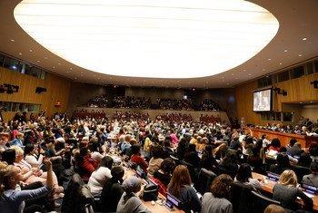 Встреча Генсека ООН Антониу Гутерриша с членами Комиссии ООН по положению женщин. Фото из архива. 65-я сессия Комиссии почти полностью проходит в виртуальном формате.
