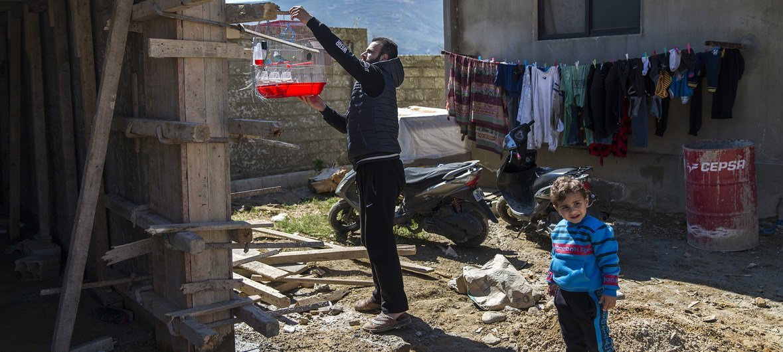 黎巴嫩的一个叙利亚难民家庭。