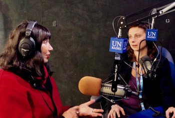 """来自新西兰的性工作者权益倡导者凯瑟琳·希利夫人(Dame Catherine Healy)(左)和""""联合国在法律和实践中歧视妇女问题工作组""""主席拉达切奇(Ivana Radačić)(右)接受联合国新闻采访。"""