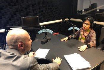 La directora de la división de Políticas Sociales e Instituciones Rurales de la Organización de la ONU para la Alimentación y la Agricultura, Junko Sazaki, duarnte la entrevista con Noticias ONU.