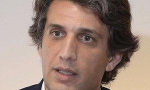 O médico otorrinolaringologista, Leonel Luís, explica que há cada vez mais casos de perda auditiva em pessoas cada vez mais jovens.