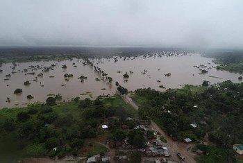 Une vue aérienne au dessus d'une région du Mozambique touchée par les inondations causées par le cyclone tropical Idai