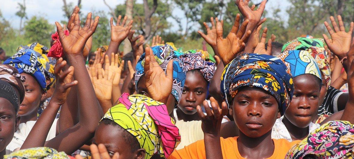 Resiliência das mulheres é celebrada no assentamento do Lóvua em Angola.