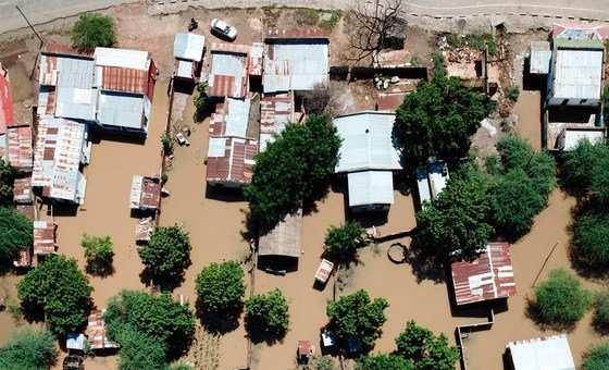 منظر جوي للمناطق المتضررة بإعصار إيداي في موزمبيق