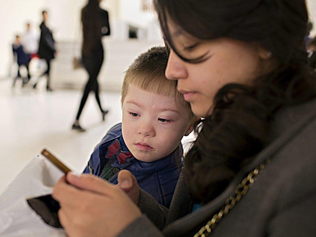 Les technologies numériques de la santé, accessibles via les téléphones portables, les tablettes et les ordinateurs, peuvent améliorer la santé de la population