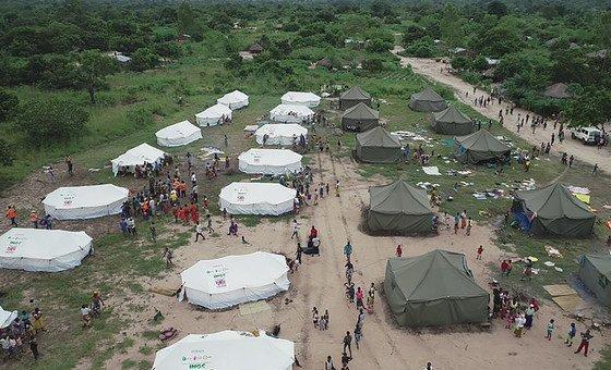 В Мозамбике, Малави и Зимбабве сотни тысяч человек остались без крова в результате наводнения, вызванного циклоном Идаи. На фото пригрод Бейры в Мозамбике.