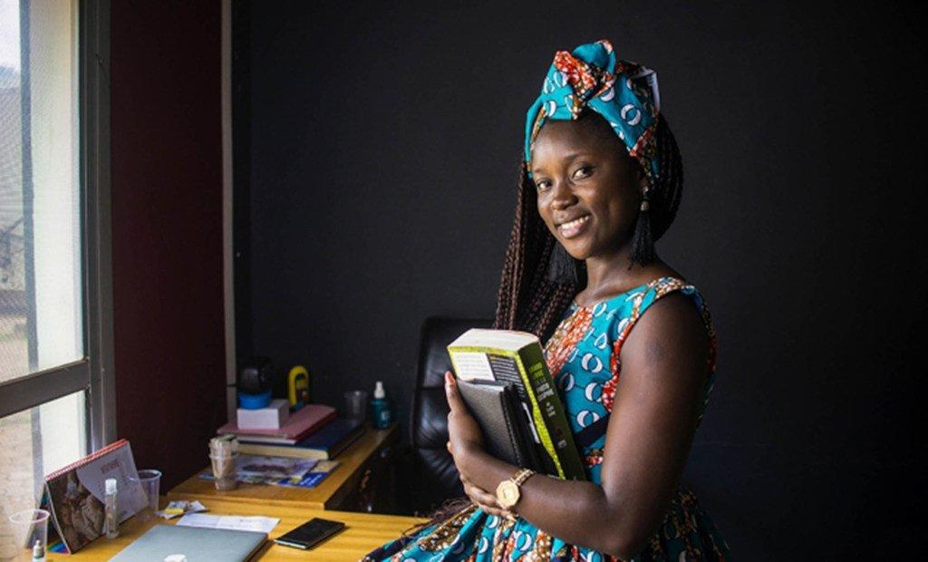 Investir dans l'éducation peut protéger les femmes et les filles contre le VIH dans le monde