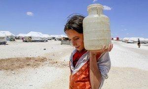 Многим жителям Земли приходится ходить по многу километров, чтобы набрать питьевой воды