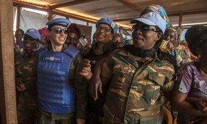 Centro brasileiro deve formar altos oficiais nacionais e de países que contribuem com tropas para a ONU.