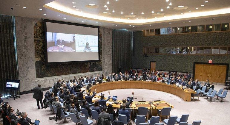 Заседание Совета Безопасности ООН, посвященное борьбе с финансированием терроризма. Оно прошло под председательством министра по делам Европы и иностранных дел Франции Жана-Ив Ле Дриана