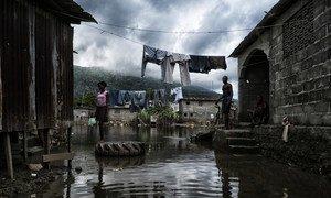 Guterres lembrou que mais de 35 milhões de pessoas foram afetadas por inundações no ano passado.
