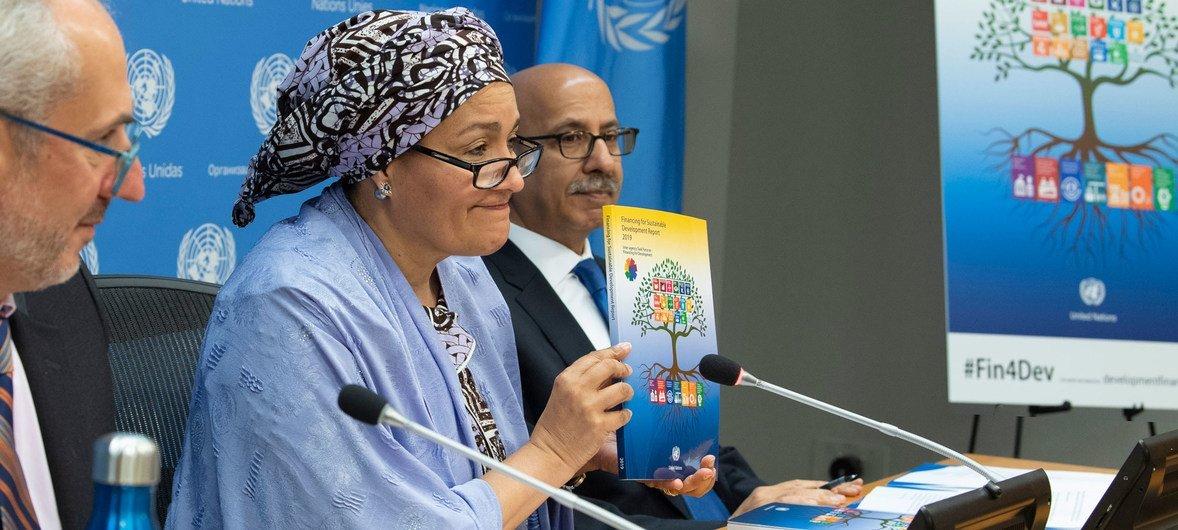 La vicesecretaria general, Amina Mohamed, presenta el Informe sobre el Financiamiento del Desarrollo Sostenible de 2019.