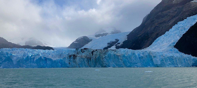 Vista panorámica del glaciar Upsala en Argentina.