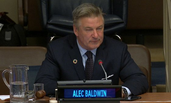 Evento sobre a proteção das florestas tropicais do mundo teve como moderador o ator e ativista Alec Baldwin.