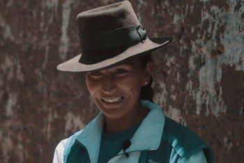 Rut Pelaiza da clases de educación financiera a mujeres de zonas rurales de Perú