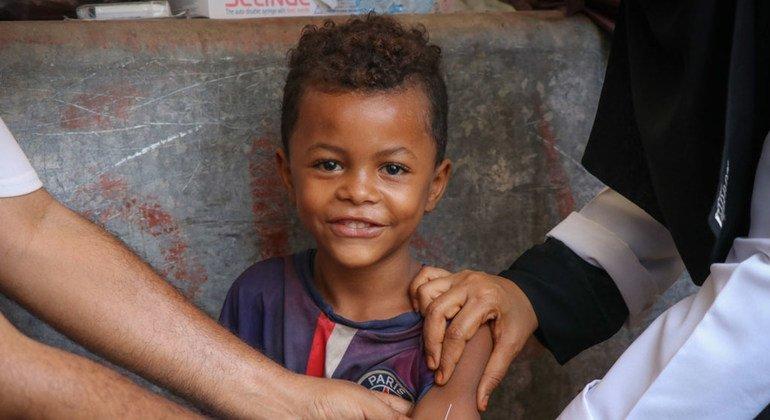ЮНИСЕФ оказывает поддержку кампании по вакцинации от кори в Йемене