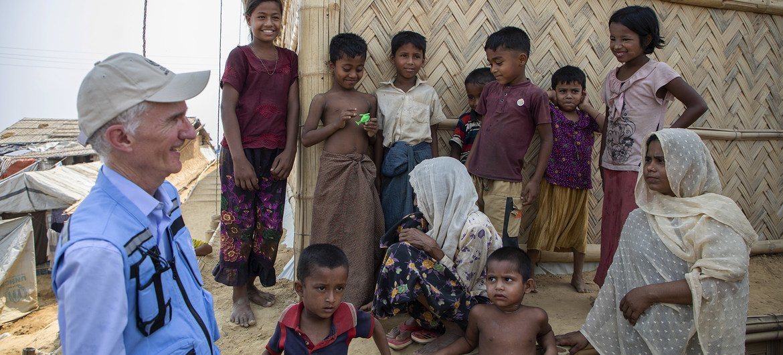 联合国负责人道事务的副秘书长洛科克访问位于孟加拉国的罗兴亚难民营地。