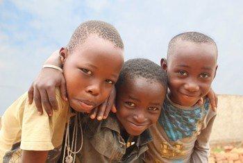Watoto wakitabasamu, Bujumbura, Burundi, 19 Januari 2019