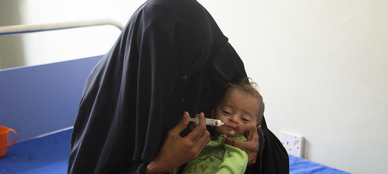 Milhões de crianças em todo o Iêmen enfrentam sérias ameaças devido à desnutrição.