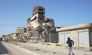Многие государства не соблюдают эмбарго ООН на поставки оружия в Ливию, оказывая военную поддержку воюющим сторонам.