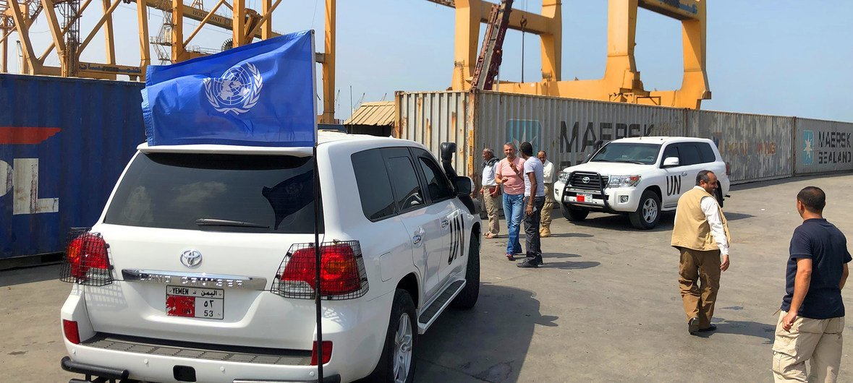 فرق بعثة الأمم المتحدة لدعم اتفاق الحديدة تقوم بدورية مراقبة في الحديدة القريبة من خزان صافر الذي يهدد بمخاطر بيئية.