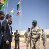 En octobre 2017, des membres du Conseil de sécurité des Nations Unies se sont rendus à Mopti, au Mali, pour rencontrer les commandants de la Force conjointe G5 Sahel.