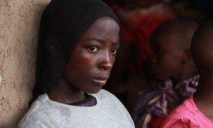 Wakimbizi wanaorejeshwa nyumbani kutoka Tanzania wakiwa katika kituo cha muda cha Mabanda, jimbo la Makamba, Burundi. Aprili 24, 2018