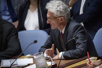 Mark Lowcock, Secrétaire général adjoint aux affaires humanitaires, devant le Conseil de sécurité en mai 2019.