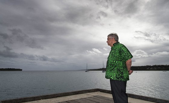 The UN Secretary-General António Guterres visits Vanuatu on the last stage of his Pacific Ocean mission to view the effects of climate change. (18 May 2019)