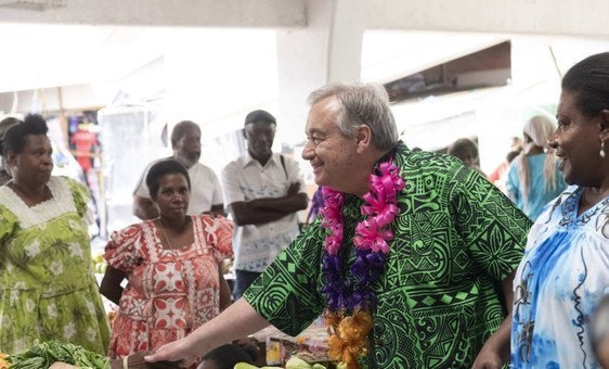 "UN Secretary-General António Guterres meets beneficiaries of the ""Markets for Change"" project supported by UN Women in Vanuatu on 18 May 2019., by Mark Garten"