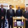 Representante permanente de Portugal junto à ONU, Francisco Duarte Lopes; chefe da Biblioteca da ONU, Thanos Giannakopoulos; embaixador de Cabo Verde junto à ONU, José Luís Rocha; e o embaixador do Brasil, Mauro Vieira.