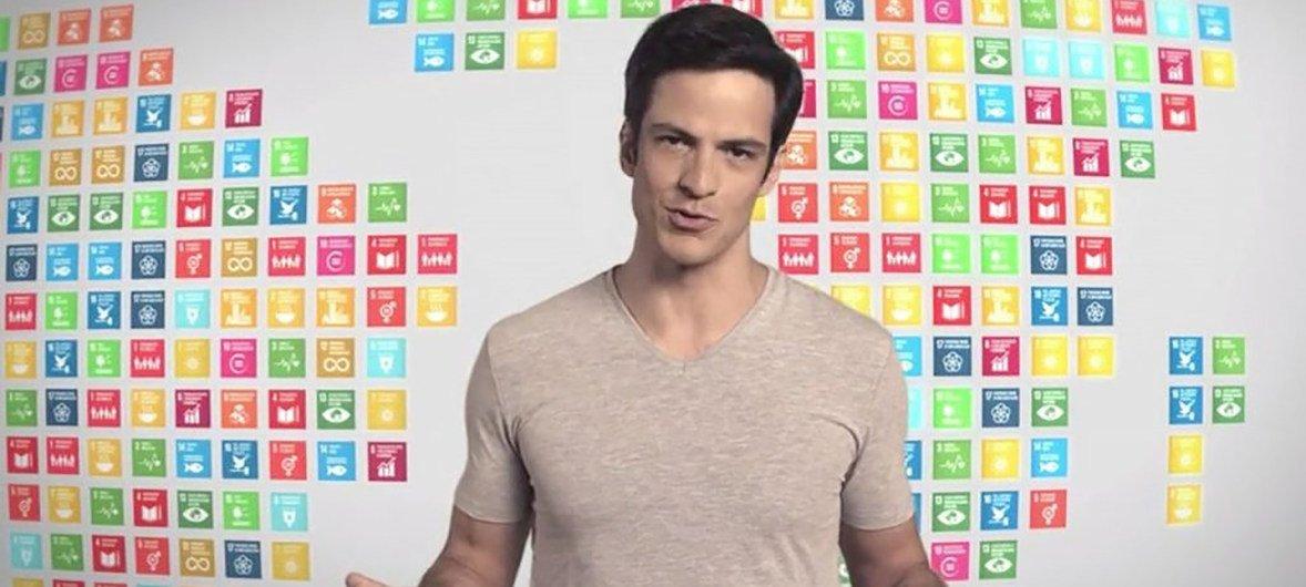 O ator Mateus Solano se juntou a campanha sobre poluíção plástica