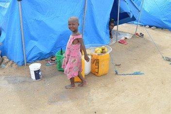 Acampamento na Beira, em Moçambique, que abriga famílias afetadas pelo ciclone