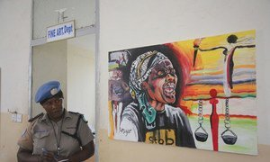 В Джубе, Южный Судан, при поддержке Миссии ООН в этой стране открылась выставка, посвященная вопросам борьбы с сексуальным и гендерным насилием.