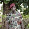 El Cabo Ali Khamis Omary de Tanzania, a quién le salvó la vida el soldado Chancy Chitete.