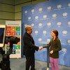 Le Secrétaire général de l'ONU, António Guterres, rencontre l'adolescente suédoise militante pour le climat, Greta Thunberg, à Vienne, en Autriche.