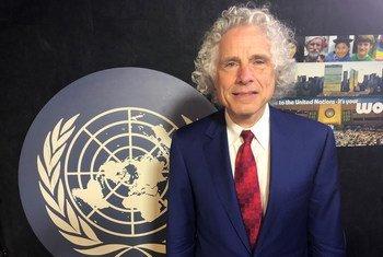 Professor Steven Pinker at the UN News studios at UN Headquarters in New York.