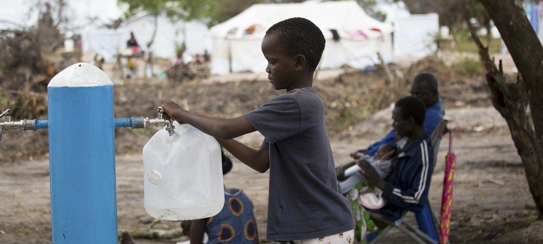 मोज़ाम्बिक में तूफ़ानों से 18 लाख से ज़्यादा लोग प्रभावित हुए.