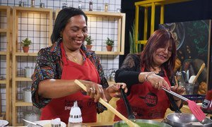Эксперт ООН рекомендует в путешествиях пробовать блюда местной кухни, покупать товары у фермеров.