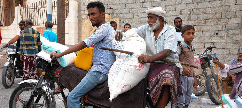 Los residentes de Hodeida dependen de la ayuda del Programa Mundial de Alimentos.