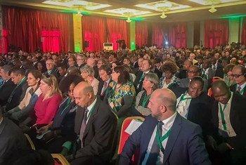 O primeiro dia da Conferência Internacional de Doadores reuniu centenas de participantes