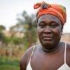 A professora Paulita Cabral usa os terrenos de uma bolanha em Bissau para cultivar