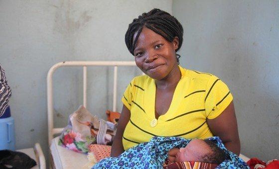 Uma das moçambicanas que deu à luz durante o ciclone Idai