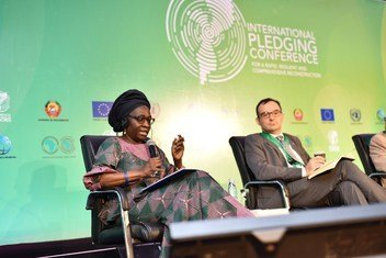 Diretora assistenta da OIT e diretora regional para África, Cynthia Samuel-Olonjuwon, discursa na Conferência Internacional de Doadores na Beira, Moçambique