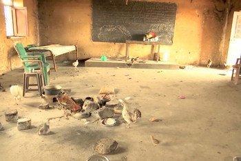 Escola no Sudão usada por grupos armados