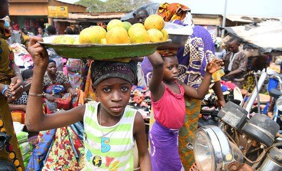 A OIT tem trabalhado para a abolição do trabalho infantil ao longo dos seus 100 anos de história.