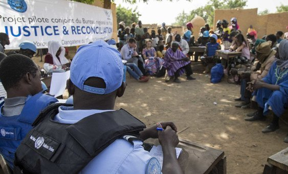 Peacekeepers from the UN mission in Mali, MINUSMA, conduct a justice and reconciliation meeting to hlep mediate the violence in Mali's central Mopti region.
