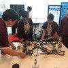 参加乐高机器人比赛的纽约一所学校的孩子们在联合国进行展示。(2019年6月12日)