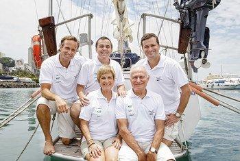 Defensora da campanha #MaresLimpos, a família Schurmann iniciará uma grande jornada pela costa brasileira e por oceanos do mundo em uma expedição de 18 meses.