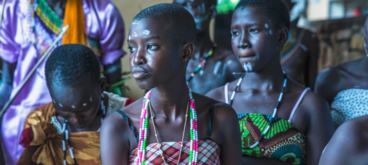 Students in South Sudan act in a play dramatizing the issue of sexual violence in conflict. (file June 2016)